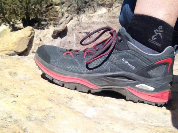 Lowa Womens Ferrox Gtx Lo Hiking Shoes Upadowna