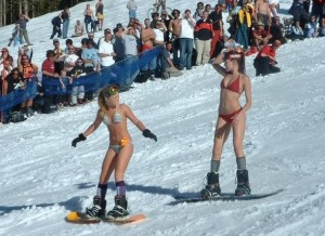 Snowboarding 300×218